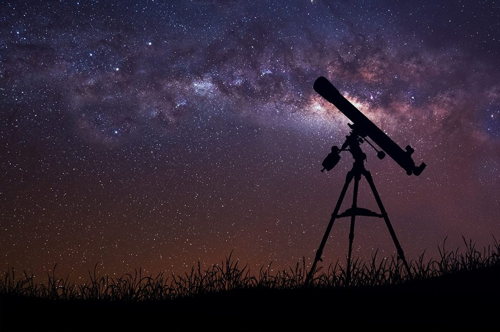 can a spotting scope be used as a telescope